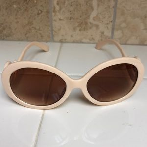 Accessories - Cream sunglasses with scroll accent on temple